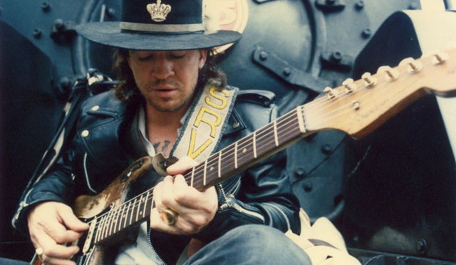 "Un poderoso track: ""Tightrope"" de Stevie Ray Vaughan en #StormyMonday"
