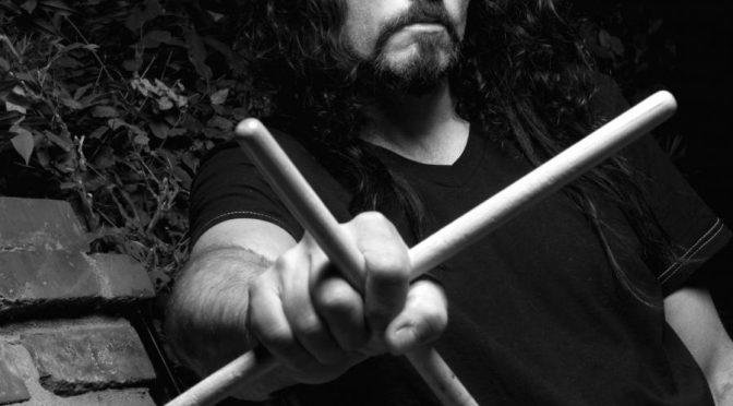 Muere en el escenario el ex-baterista de Megadeth, Nick Menza
