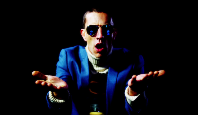 "Richard Ashcroft tiene nuevo video para ""Hold On"""