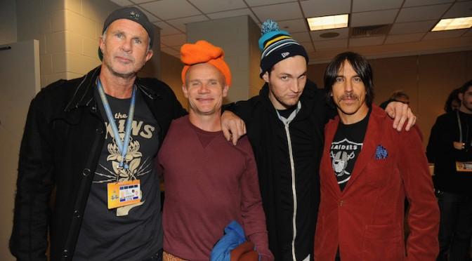 Los Red Hot Chili Peppers están de vuelta y ya hay un nuevo sencillo