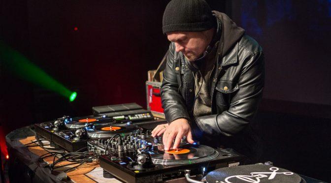DJ Shadow dará concierto en El Plaza en agosto