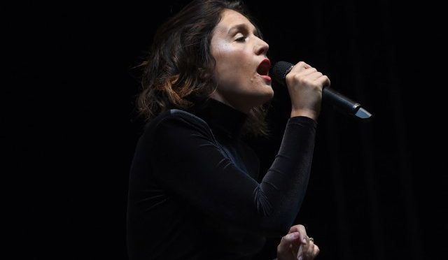 Jessie Ware estrenó canción para la cinta 'Me Before You'