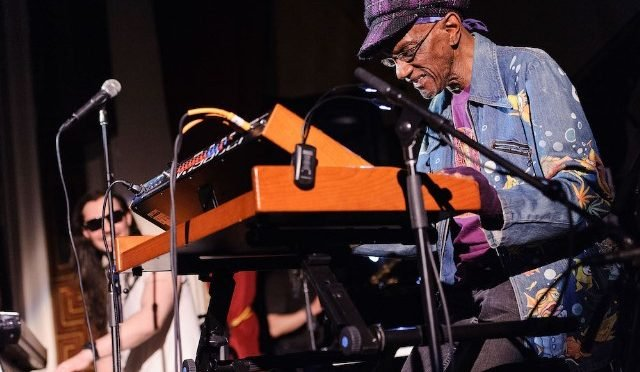Murió Bernie Warrell de Parliament-Funkadelic a los 72 años