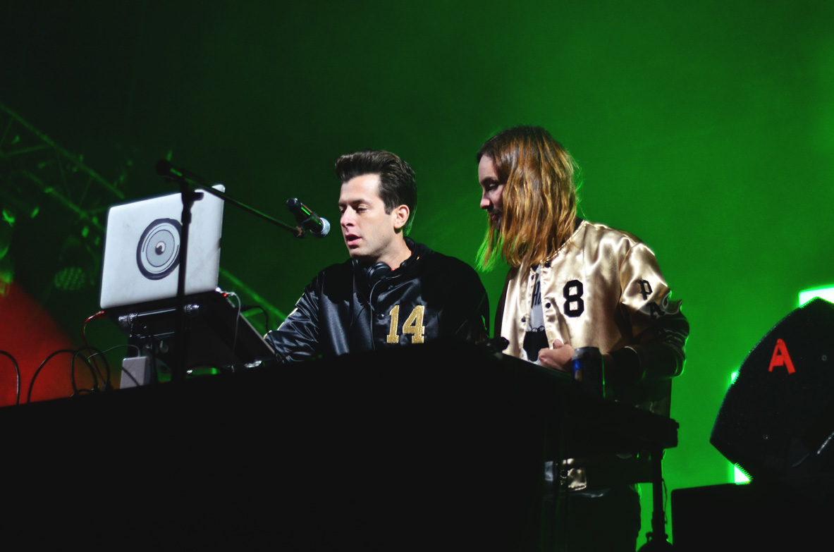 Mark Ronson VS Kevin Parker