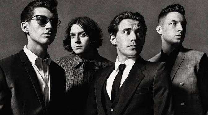 ¿Todavía se pueden vender más de 90,000 discos? Si eres Arctic Monkeys, sí.
