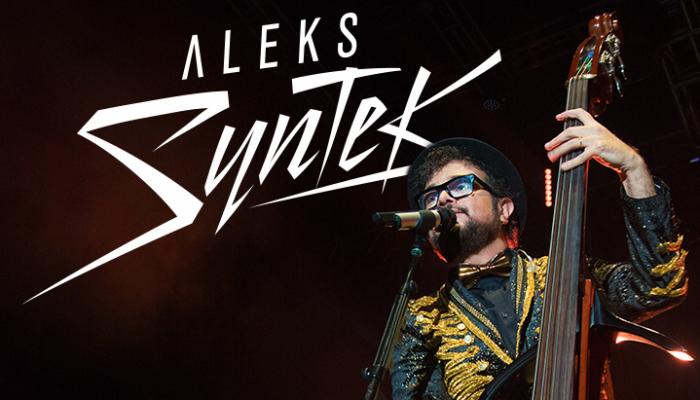 Aleks Syntek arma fiesta en el Auditorio Nacional