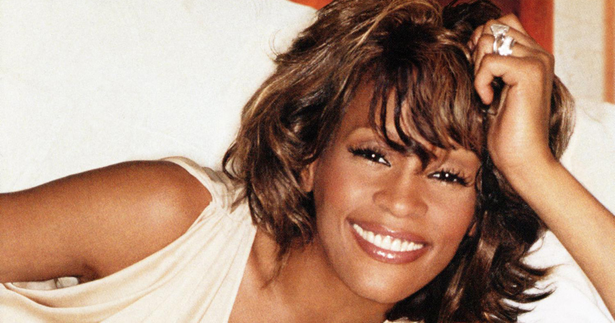 one wish the holiday album whitney houston official site - Whitney Houston Have Yourself A Merry Little Christmas