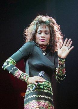 Whitney Houston in concert in Texas 1994