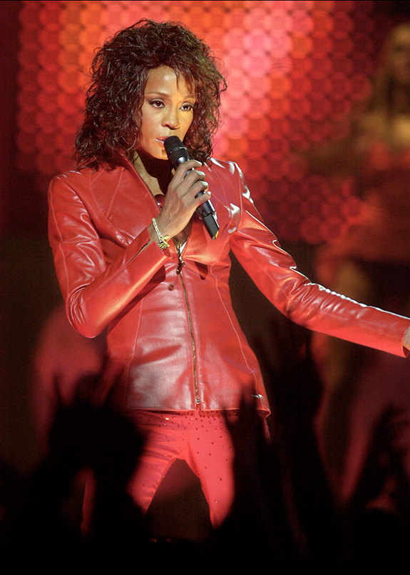 Whitney Houston performs at 2002 MTV Europe Music Awards