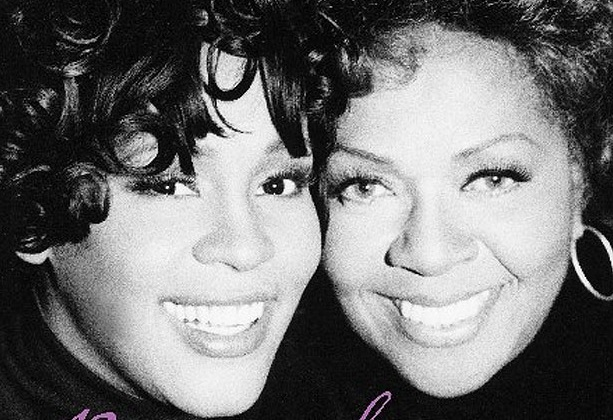 Whitney Houston and Cissy Houston on the set of I'm Every Woman music video