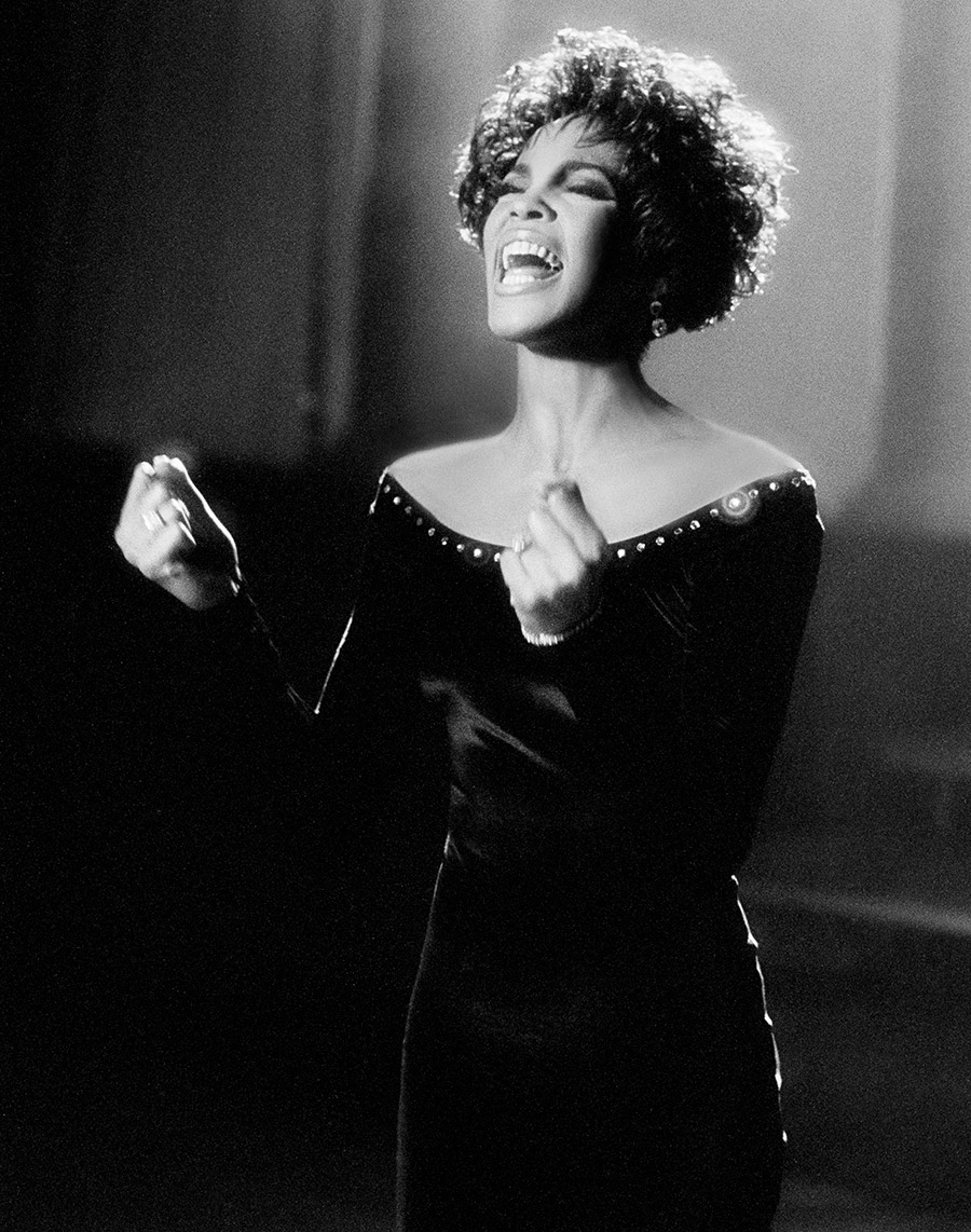Whitney Houston on set of All The Man That I Need music video, photo by Marc Bryan-Brown