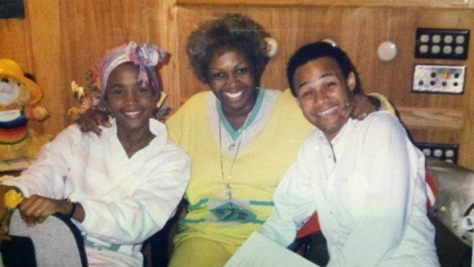 Whitney Houston, Cissy Houston and Narada Michael Walden in recording studio for her debut album