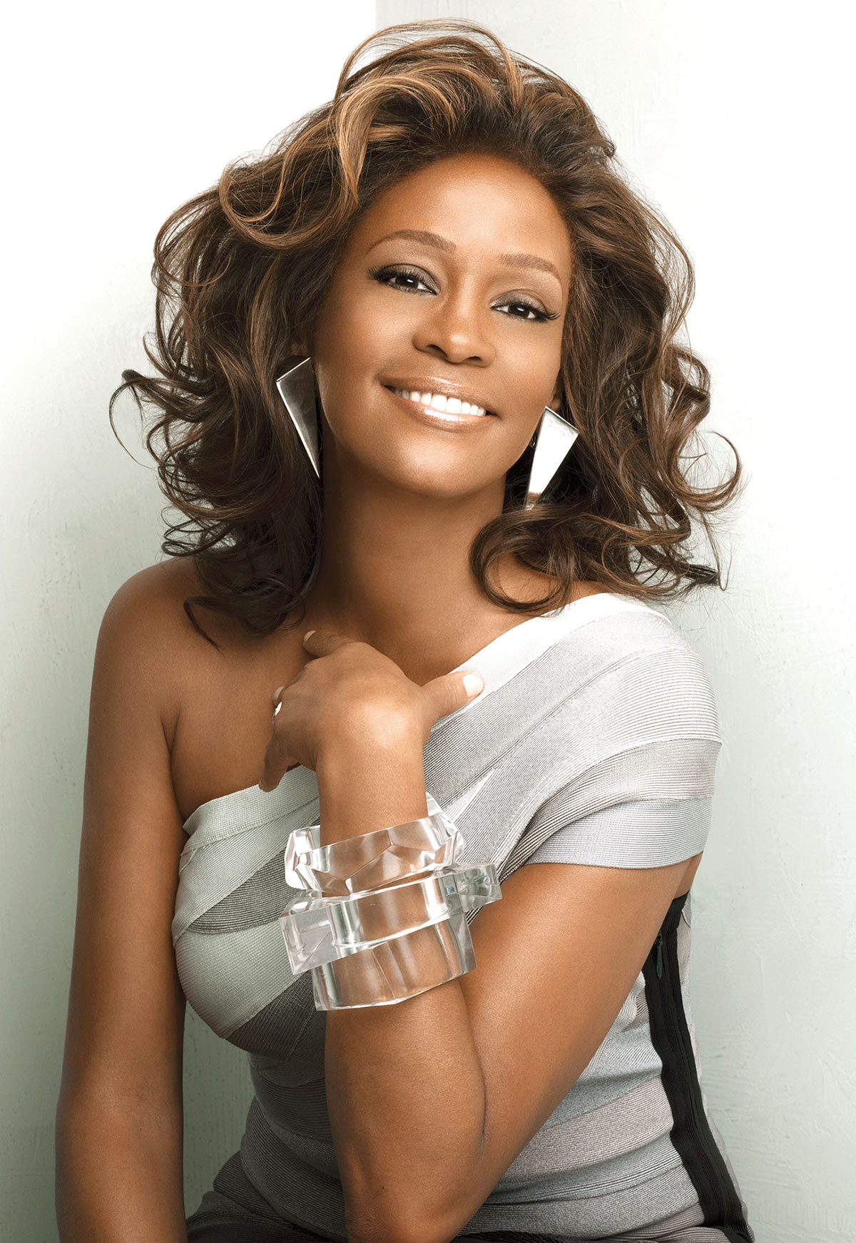 Whitney Houston I Look To You album photo