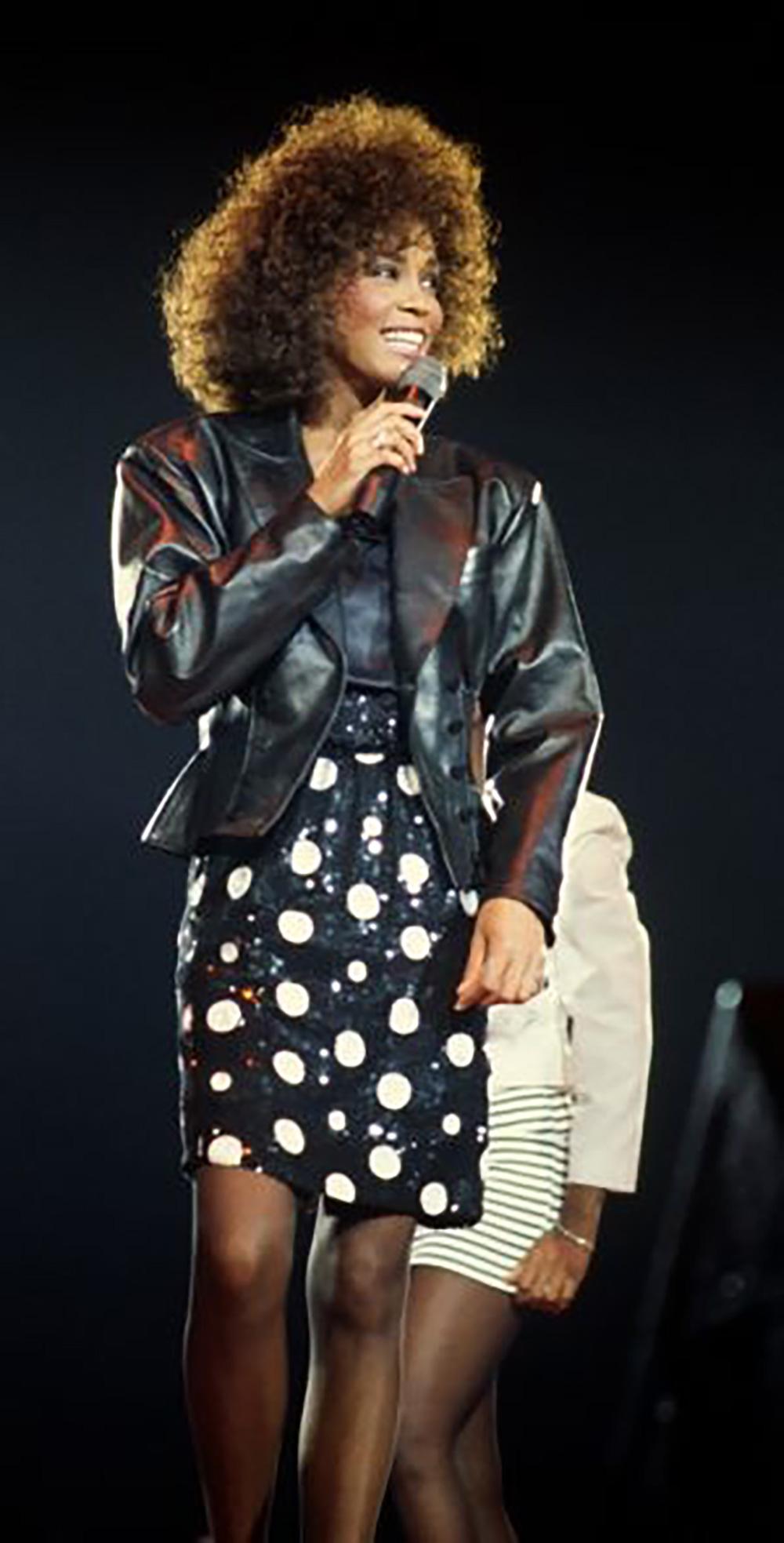 Whitney Houston in concert London, UK 1988 Moment of Truth World Tour