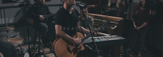 Phil Wickham - Great Things // King Of My Heart (House Sessions)