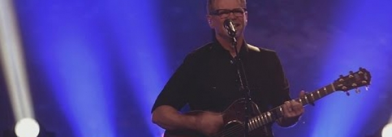 Steven Curtis Chapman - One True God (Live)