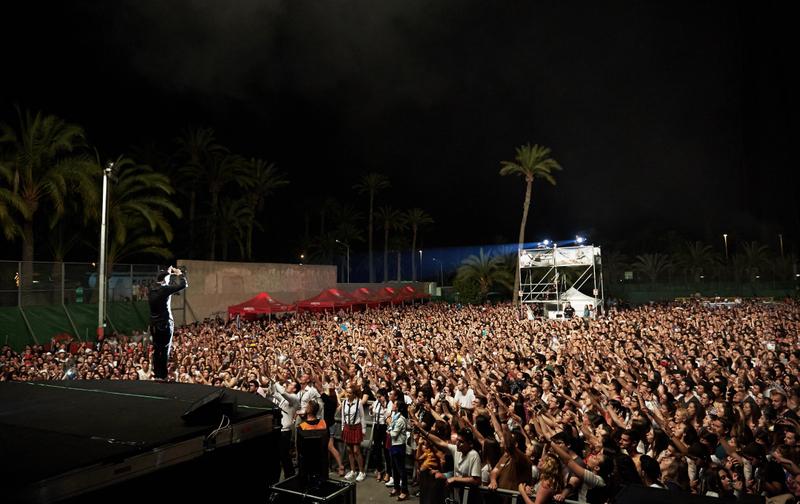 "Melendi éxito primeros conciertos gira ""Un alumno más"""